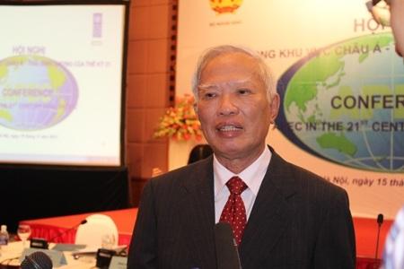 Nguyên Phó Thủ tướng Vũ Khoan (Ảnh Nam Hằng)