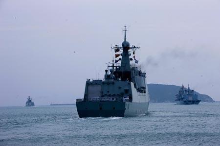 Theo GS. TS. Lê Minh Tâm, một ASEAN đoàn kết sẽ đóng góp tích cực cho tình hình Biển Đông.