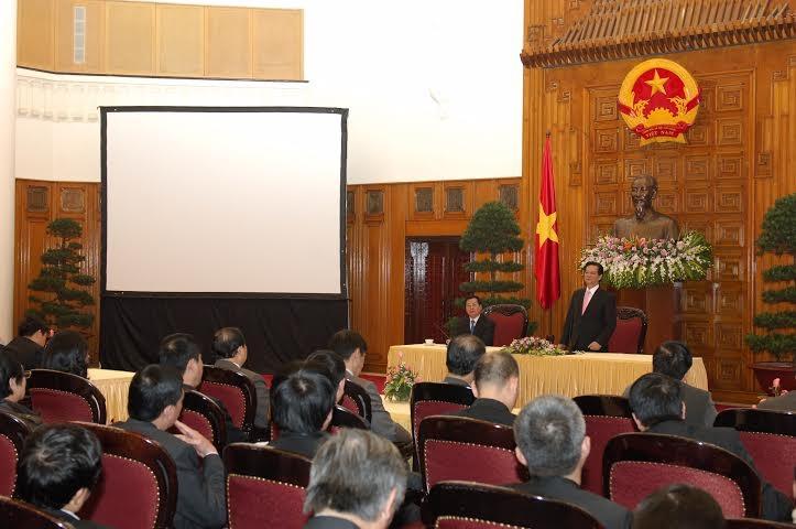 Thủ tướng Nguyễn Tấn Dũng phát biểu tại buổi gặp mặt các tham tán thương mại