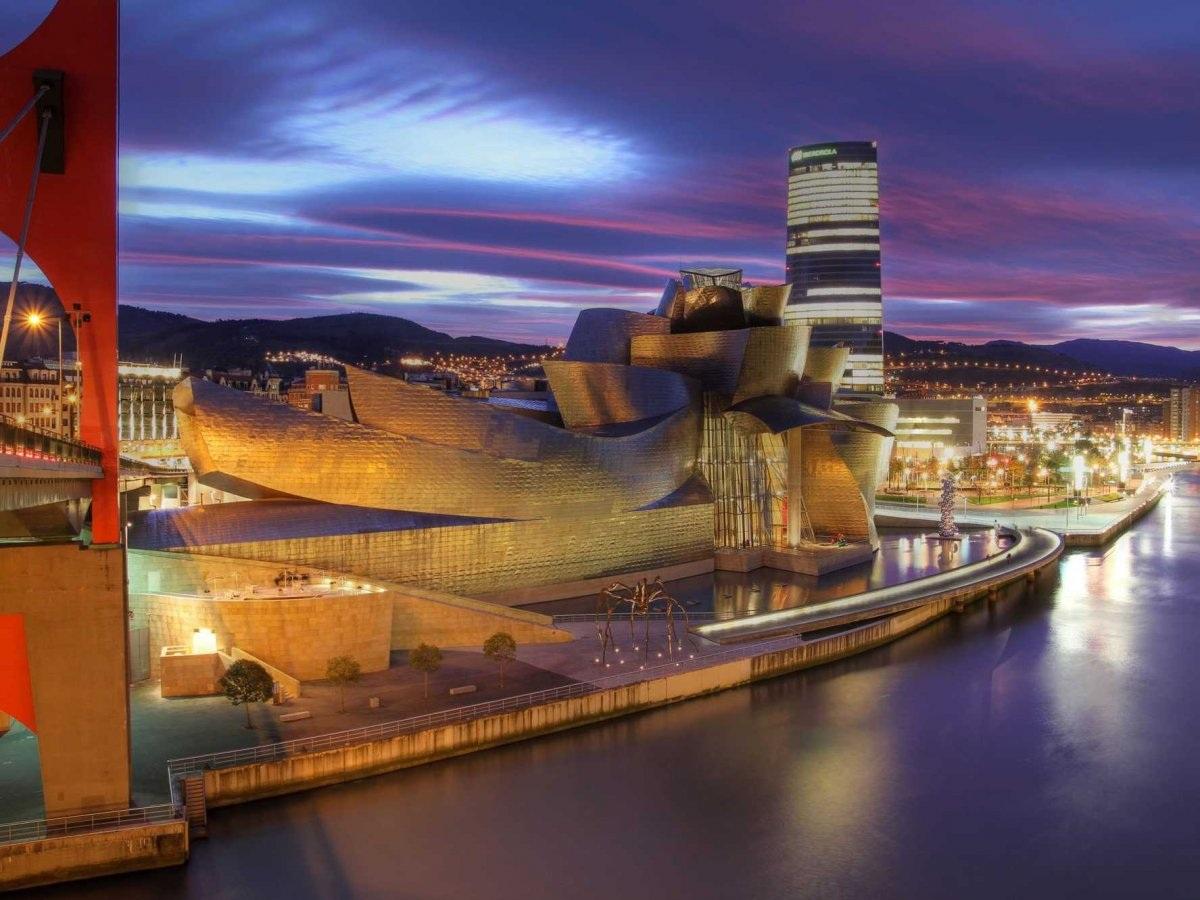 Bảo tàng Guggenheim Bilbao,Tây Ban Nha