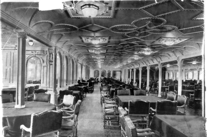 Phòng ăn trên tàu Titanic