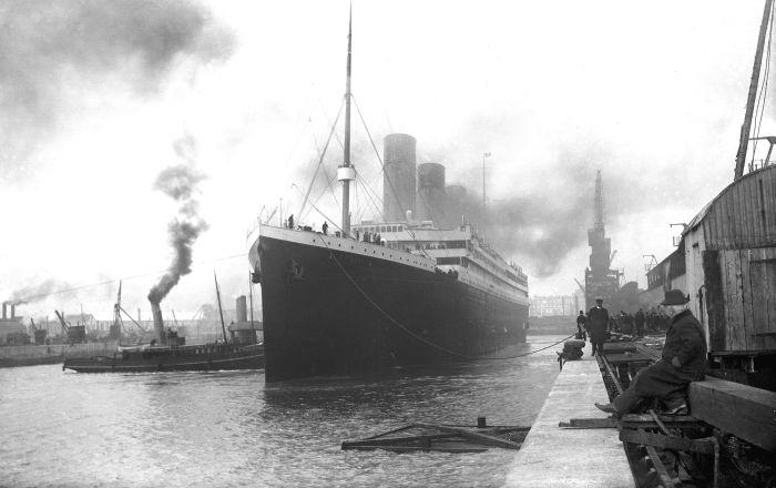 Tàu Titanic chuẩn bị rời cảng (1912)