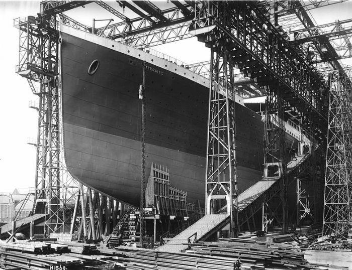 Titanic sẵn sàng hạ thủy (1911)