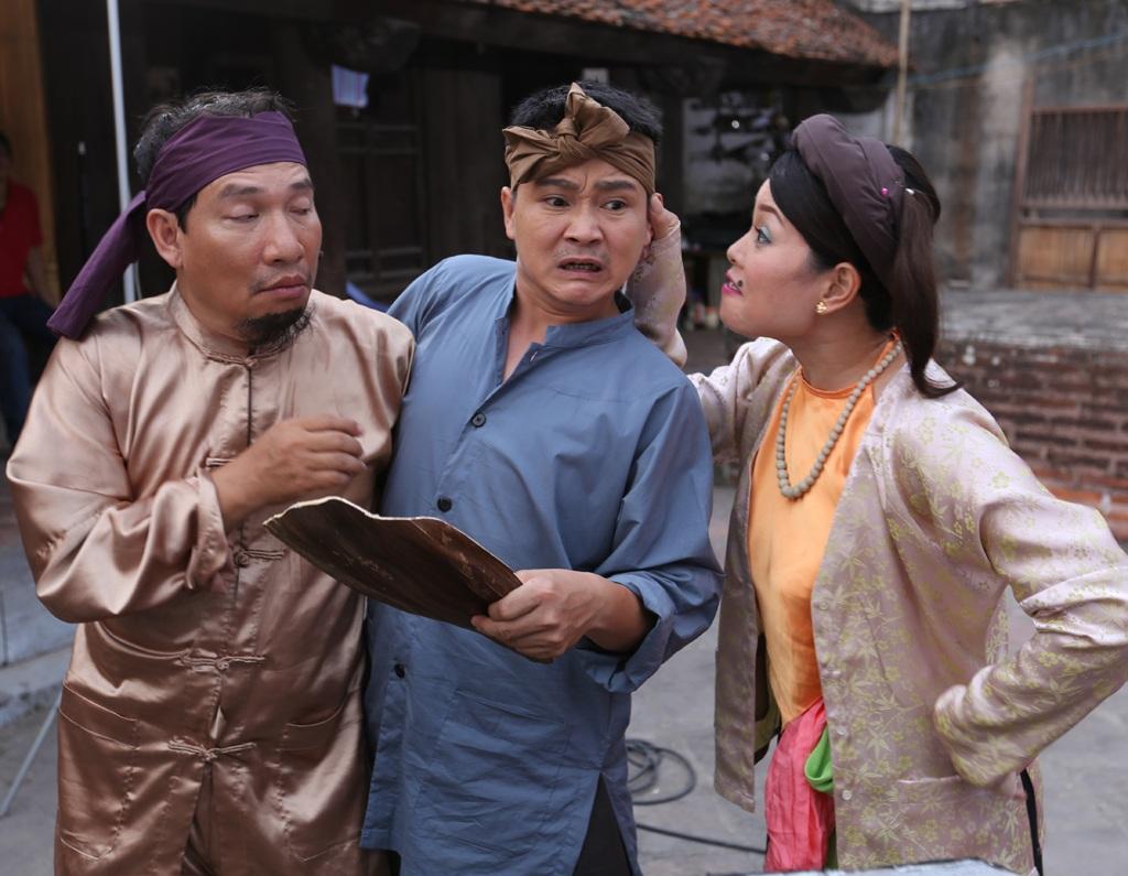 Quang Thắng cùng các diễn viên tham gia Chôn nhời 2