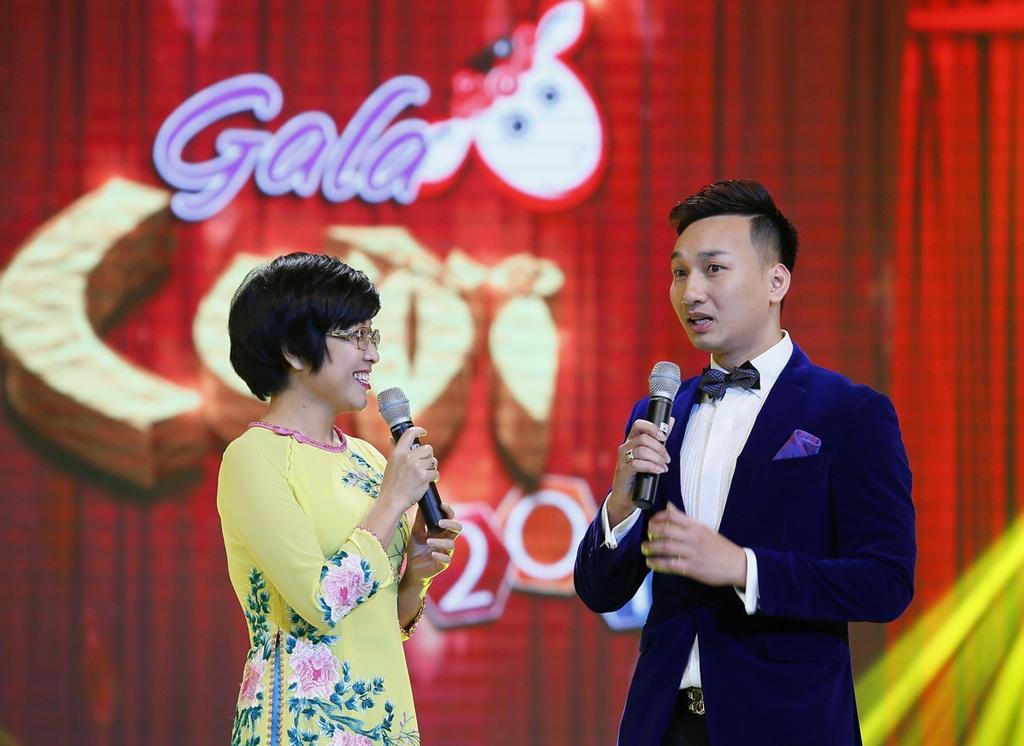 MC Thảo Vân và diễn viên Thành Trung đảm nhận vai trò dẫn dắt chương trình