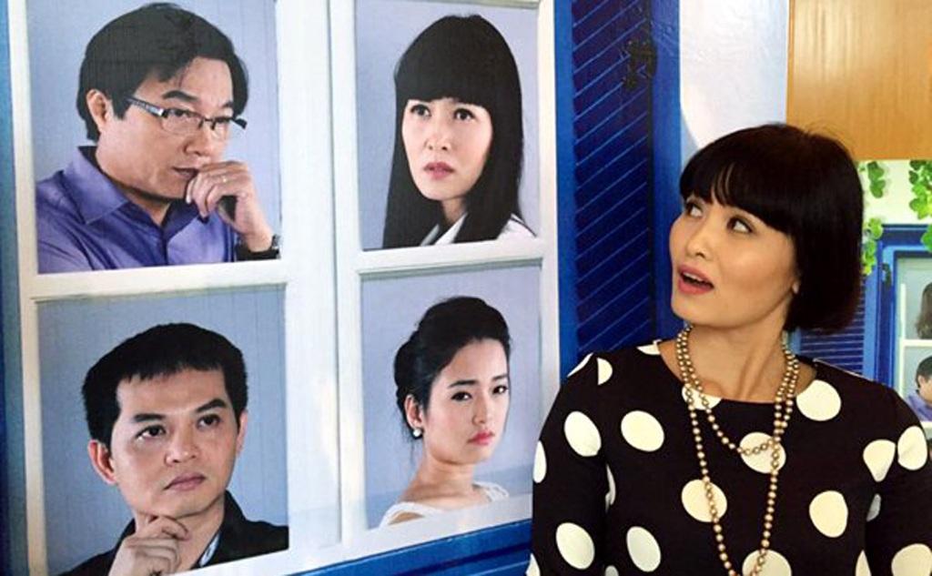 Thúy Hà trong buổi họp báo giới thiệu phim 'Mưa bóng mây'