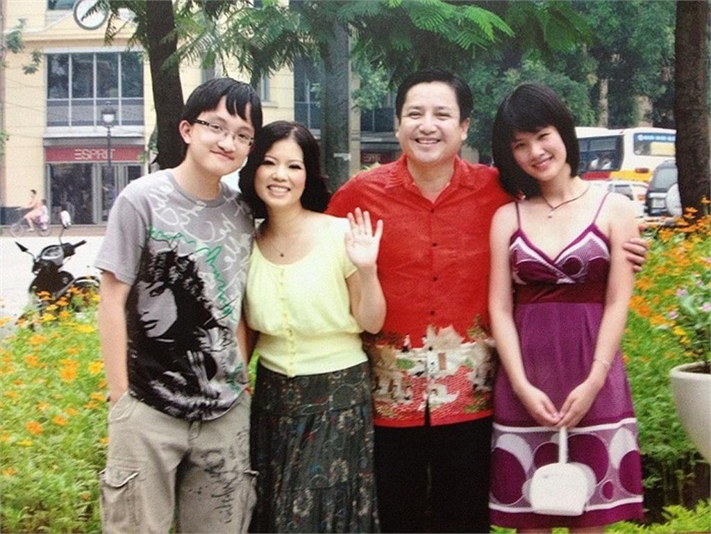 Gia đình nghệ sĩ Chí Trung