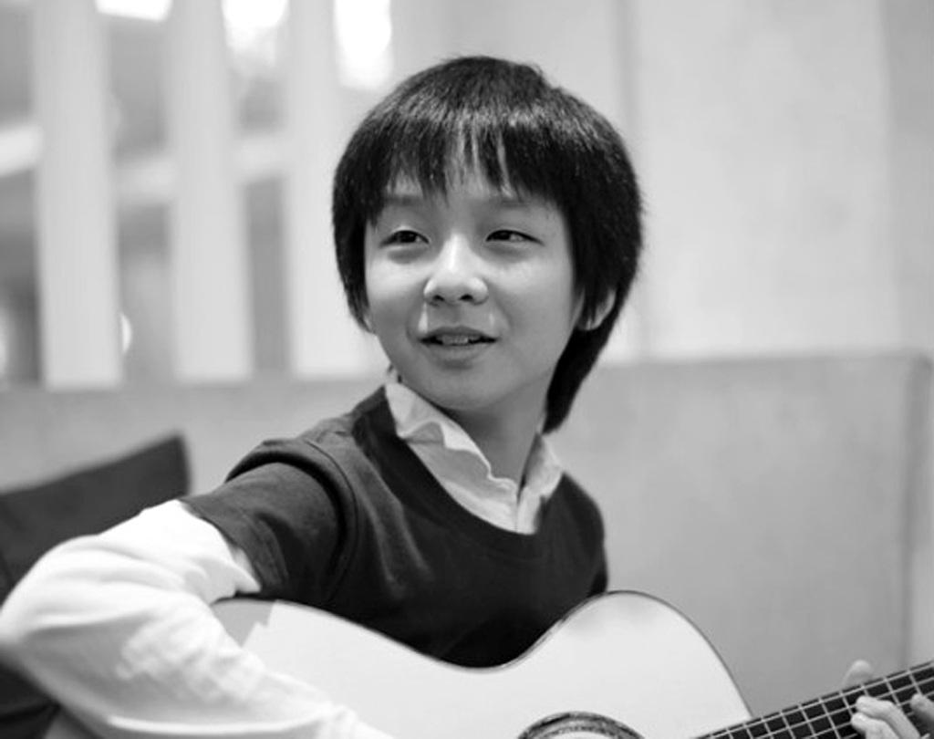 Thần đồng guitar Sungha Jung