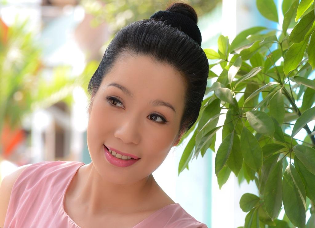 Á hậu Trịnh Kim Chi được xét tặng danh hiệu NSƯT lần này