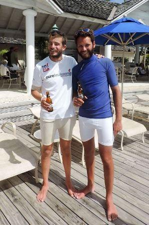 Hai người đã chèo thuyển lênh đên trên biển suốt 50 ngày trời