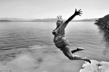 Hình ảnh dải Ngân hà xuất hiện ở Ý - tác giả:Ivan Pedretti