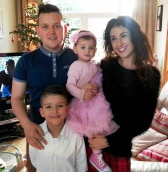Gia đình cậu bé Brandon Blake