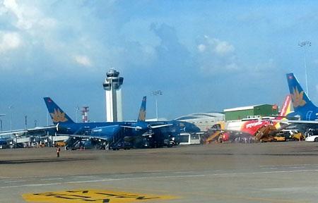 Hệ thống điều hành bay tại Tân Sơn Nhất bị tê liệt hôm 20/11