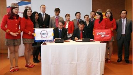 VietJet Air ký hợp đồng bảo dưỡng động cơ máy bay tại Pháp