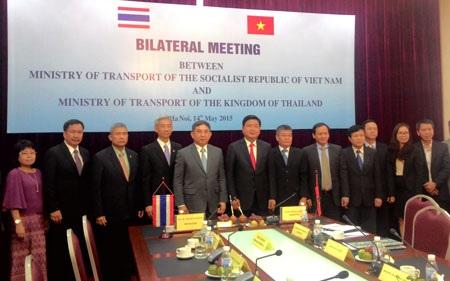 Đoàn đại biểu Bộ GTVT hai nước tham dự cuộc hội đàm