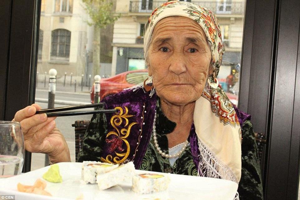 Trước đó bà chưa bao giờ rời khỏi quê hương Kazakhstan
