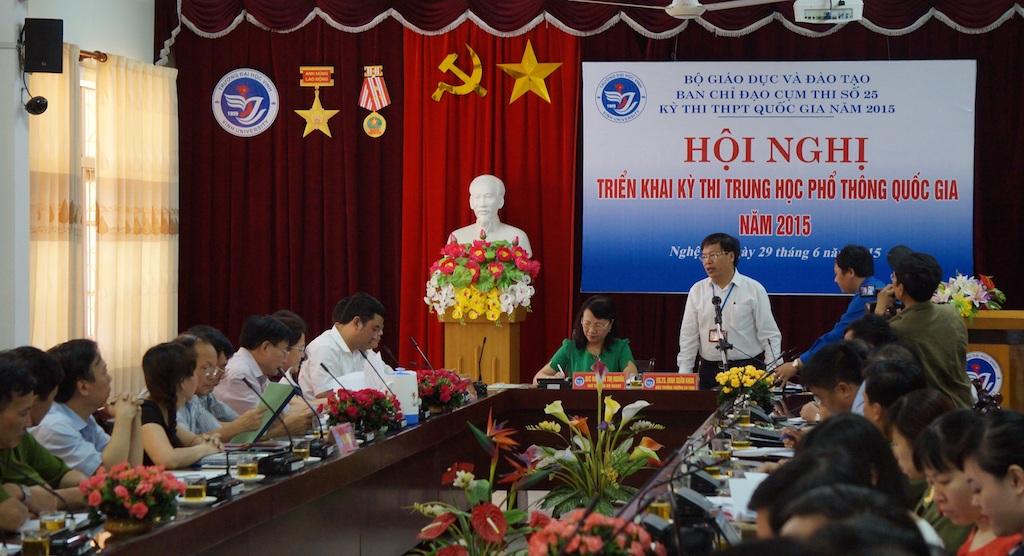 Hội nghị triển khai kỳ thi THPT quốc gia 2015 tại cụm thi Vinh.