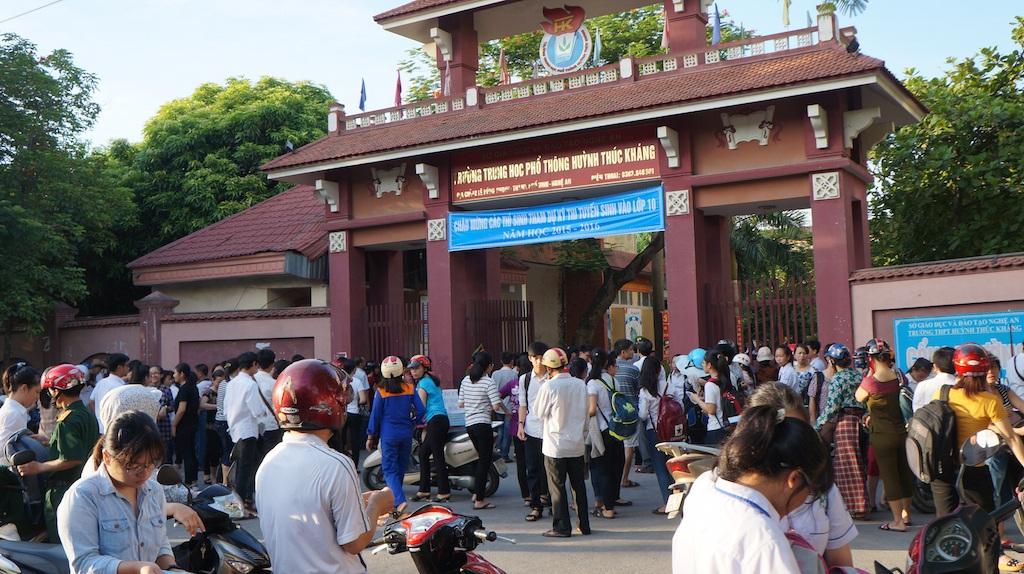 Các thí sinh tại Nghệ An bước vào kỳ thi lớp 10