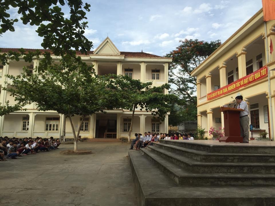 Khai mạc kỳ thi vào lớp 10 tại huyện biên giới Tương Dương, Nghệ An.