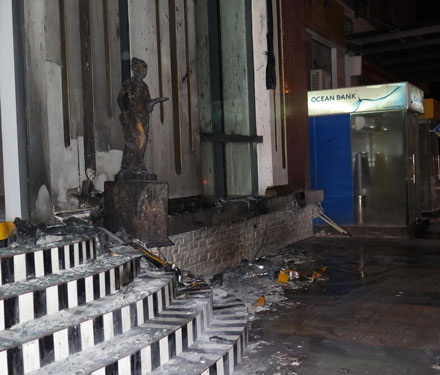 Hiện trường vụ cháy sau khi ngọn lửa được dập tắt hoàn toàn.