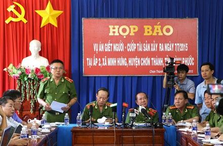 Bộ trưởng Trần Đại Quang khen thưởng lực lượng phá vụ thảm sát 6 mạng người