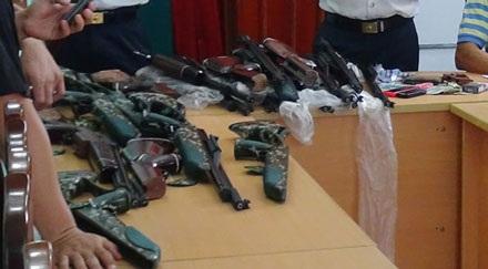 Phạm Thanh Đức bị bắt quả tang về hành vi buôn bán vũ khí trái phép.