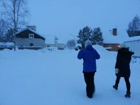 Lối vào ngôi làng nhỏ có chợ giáng sinh ở Järvsöbaden