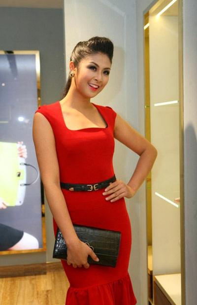 Hoa hậu ngày càng xinh trong mắt mọi người