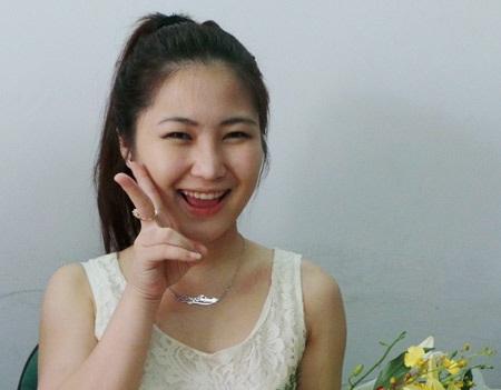 Nụ cười rất xì teen của cô gái tuổi 17 - quán quân Giọng hát Việt Hương Tràm