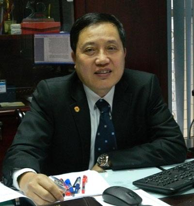 Đại tá, Tiến sĩ, Nhà giáo Nhân dân Nguyễn Thiện Minh, Vụ trưởng Vụ Giáo dục Quốc phòng - Bộ GD-ĐT.