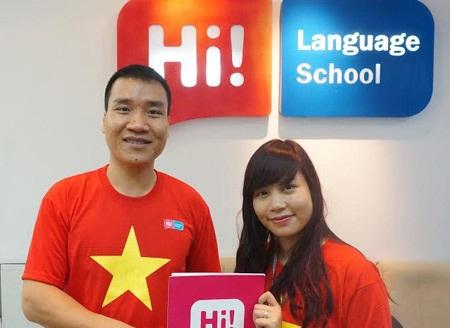 Ông Chu Anh Tuấn gửi tặng một phần đóng góp vào chương trình