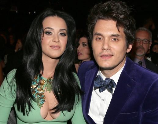 Chuyện tình hợp tan của Katy và John khiến fan chóng mặt
