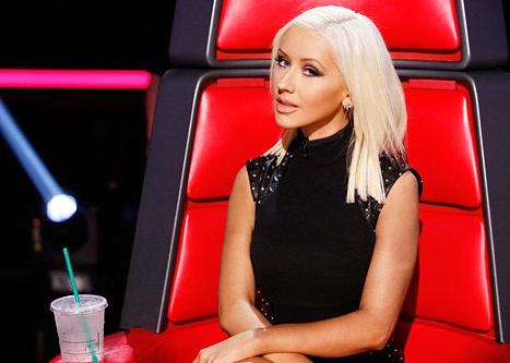 Christina Aguilera gây bất ngờ với vẻ ngoài thon gọn