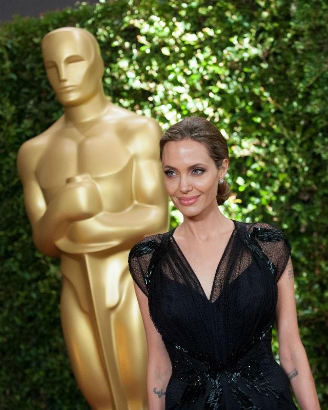 Sự xuất hiện của Angelina Jolie luôn được nhiều người mong đợi