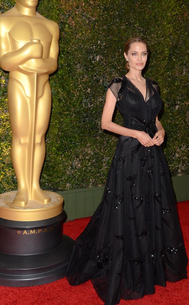Angelina Jolie đã tỏa sáng với những cống hiến không ngừng nghỉ của mình