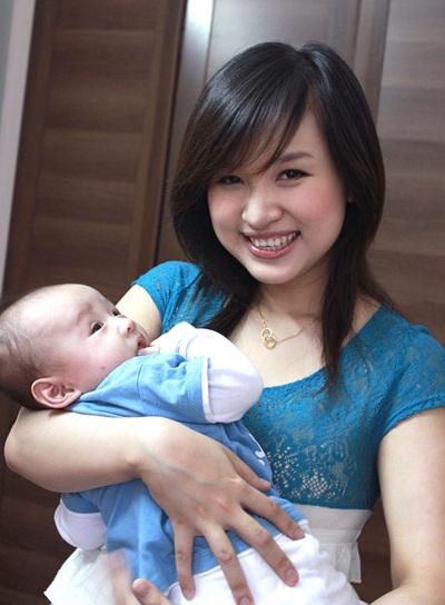 Thanh Vân Hugo vẫn hạnh phúc với cuộc sống của 1 bà mẹ đơn thân