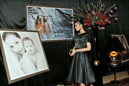 Người đẹp ngắm các hình ảnh đẹp của gia đình Thúy Hằng - Thúy Hạnh