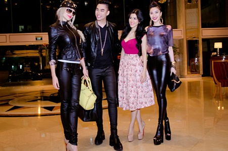 Amely vui vẻ khi gặp Lý Quý Khánh, Đinh Phương Ánh và hotgirl Meo Meo