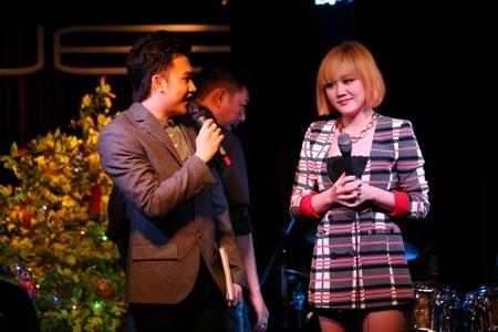 Cặp đôi Văn Mai Hương và Dương Triệu Vũ nồng nàn cảm xúc với âm nhạc