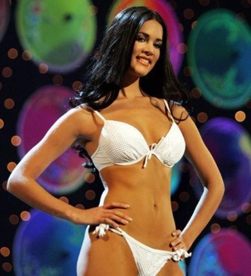 Anna Litvinova, 30 tuổi, cựu nữ hoàng sắc đẹp của nước Nga từng thi