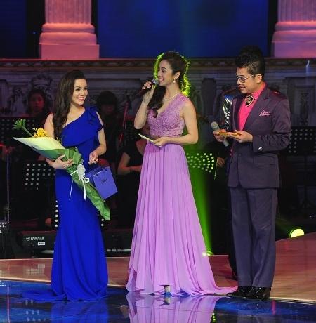 Ngọc Anh nhận giải bình chọn nhiều nhất từ khán giả của tuần trước