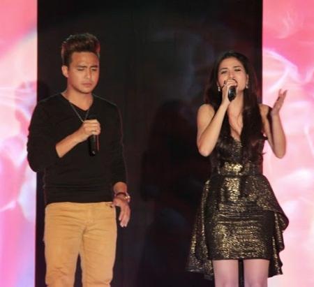 Diễn viên Thanh Duy và Kha Ly trổ tài ca hát