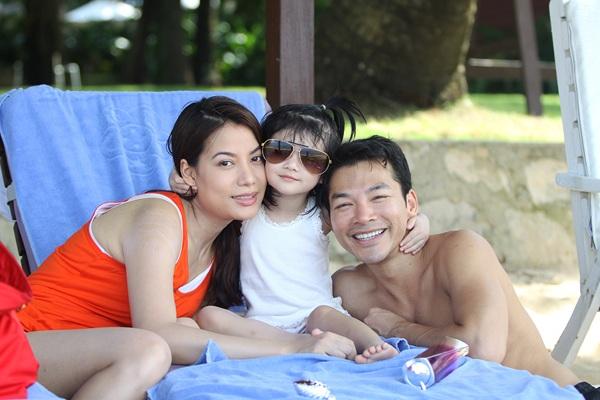 Gia đình nhỏ của Trương Ngọc Ánh và Trần Bảo Sơn ngày còn hạnh phúc