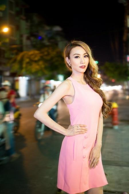 Phong cách thời trang đa dạng của Ngân Khánh ngày càng được chú trọng
