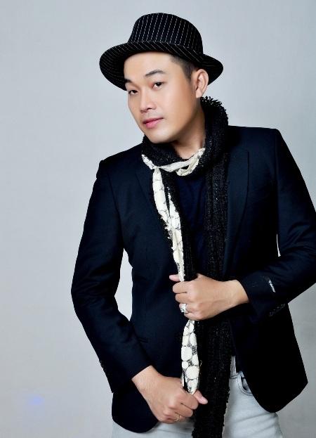 Khánh Bình gây ấn tượng với khả năng hát hai giọng nam nữ