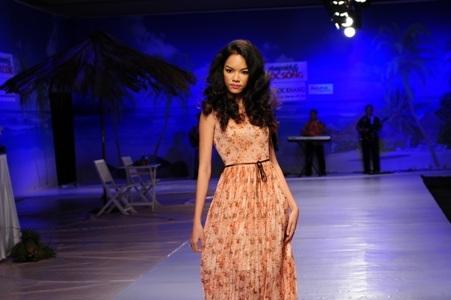 Giải bạc siêu mẫu Việt Nam 2004 Phùng Ngọc Yến