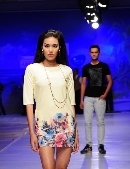 Giải vàng Siêu mẫu Việt Nam 2013 Lan Khuê ấn tượng với gương mặt lạnh