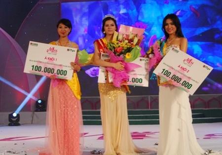 Hóa khôi, Á khôi 1 và á khôi 2 của Miss IT Go 2013