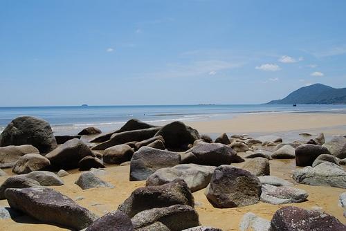 Biển Thiên Cầm - một trong những tiền năng du lịch lớn của Hà Tĩnh