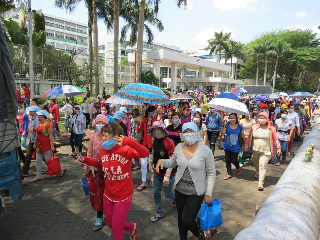 Chủ tịch UBND TP Tất Thành Cang tại buổi họp báo chiều 30/3